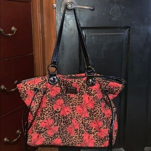 Betseyville Betsey Johnson red bows leopard L tote